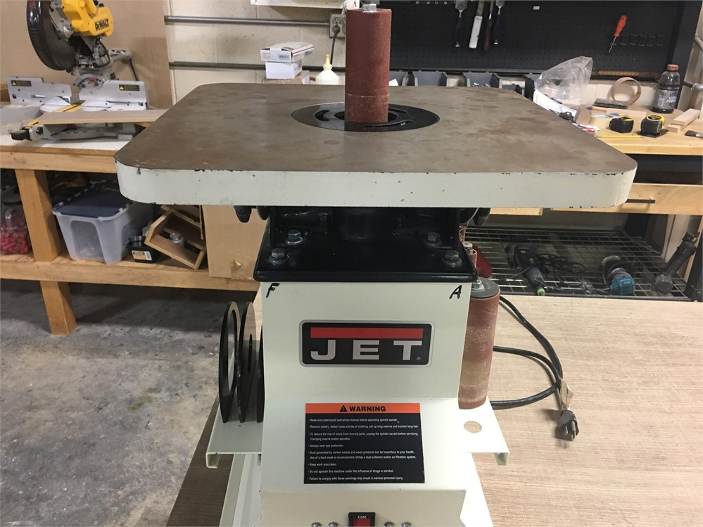 "MachineryMax.Com - Jet ""JBOS-5"" Oscillating Spindle Sander"
